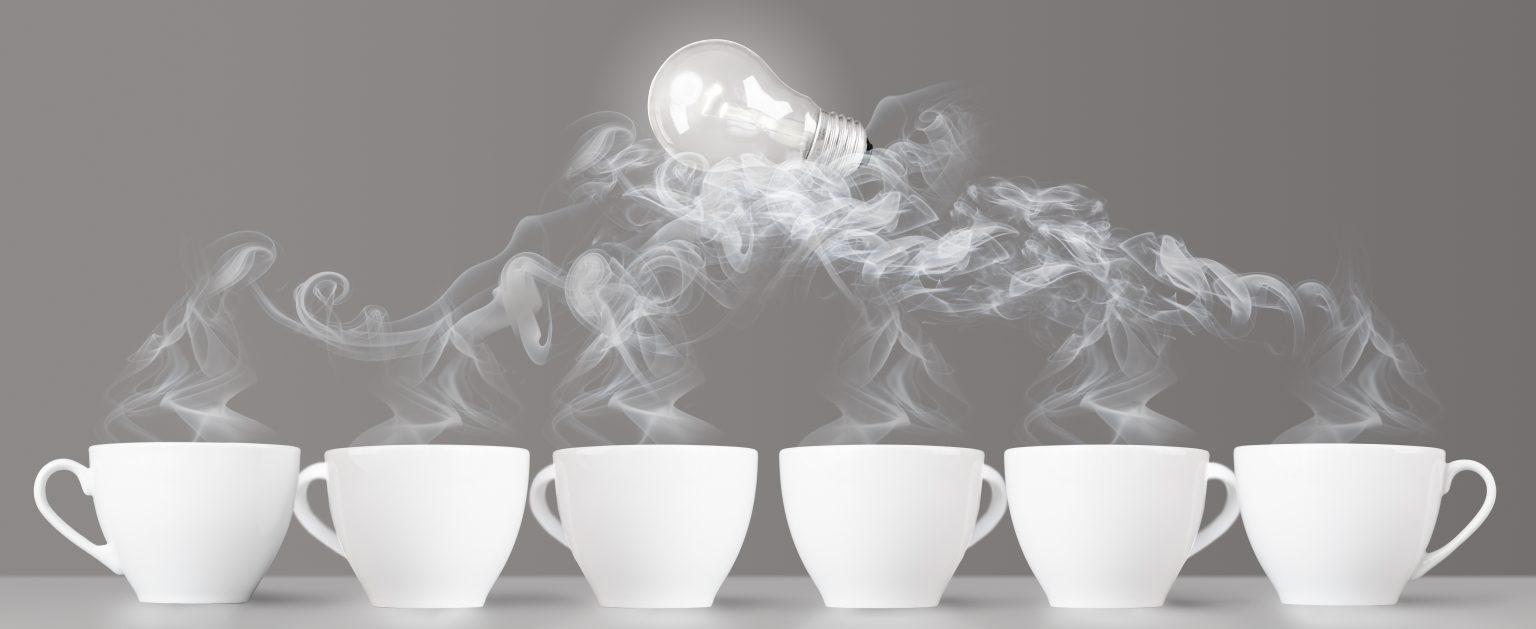 6 Kaffeetassen heiß erwärmen eine Idee- MEGAVERSAL GmbH