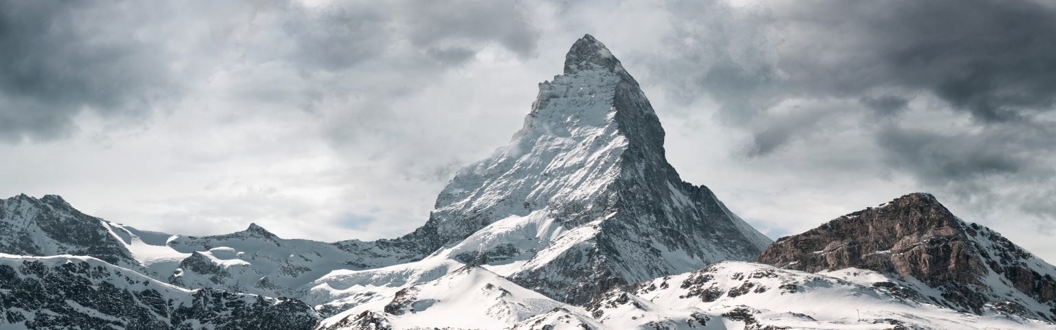 Berg Schneebedeckt