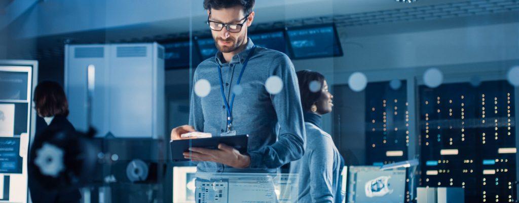 Teamarbeit mit modernen digitalen Tools